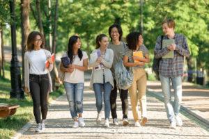 日本語学校の留学生